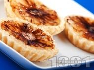 Тарталети от бутер тесто с ананас и сирене маскарпоне
